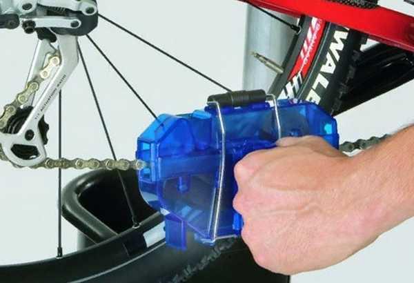 приспособление для очистки велоцепи