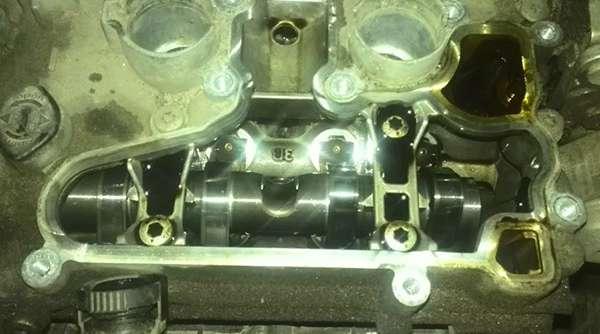 чистый двигатель после использования масла Total Quartz 9000 Energy 5w30