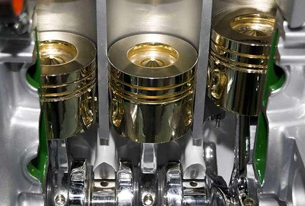 двигатель в разрезе, демонстрация работы