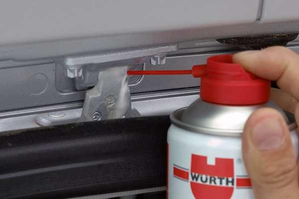 Wurth HHS 2000 смазываем петли авто
