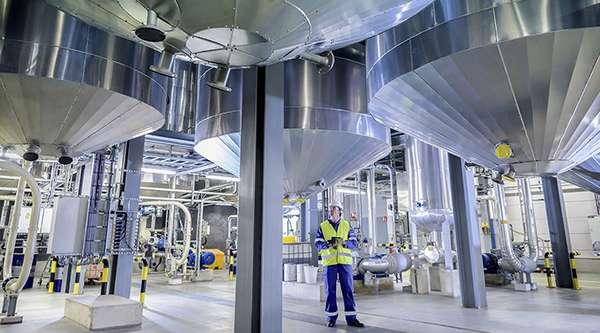 нефтеперерабатывающий завод в Кувейте
